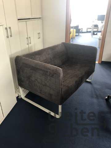 Sofa in 10117