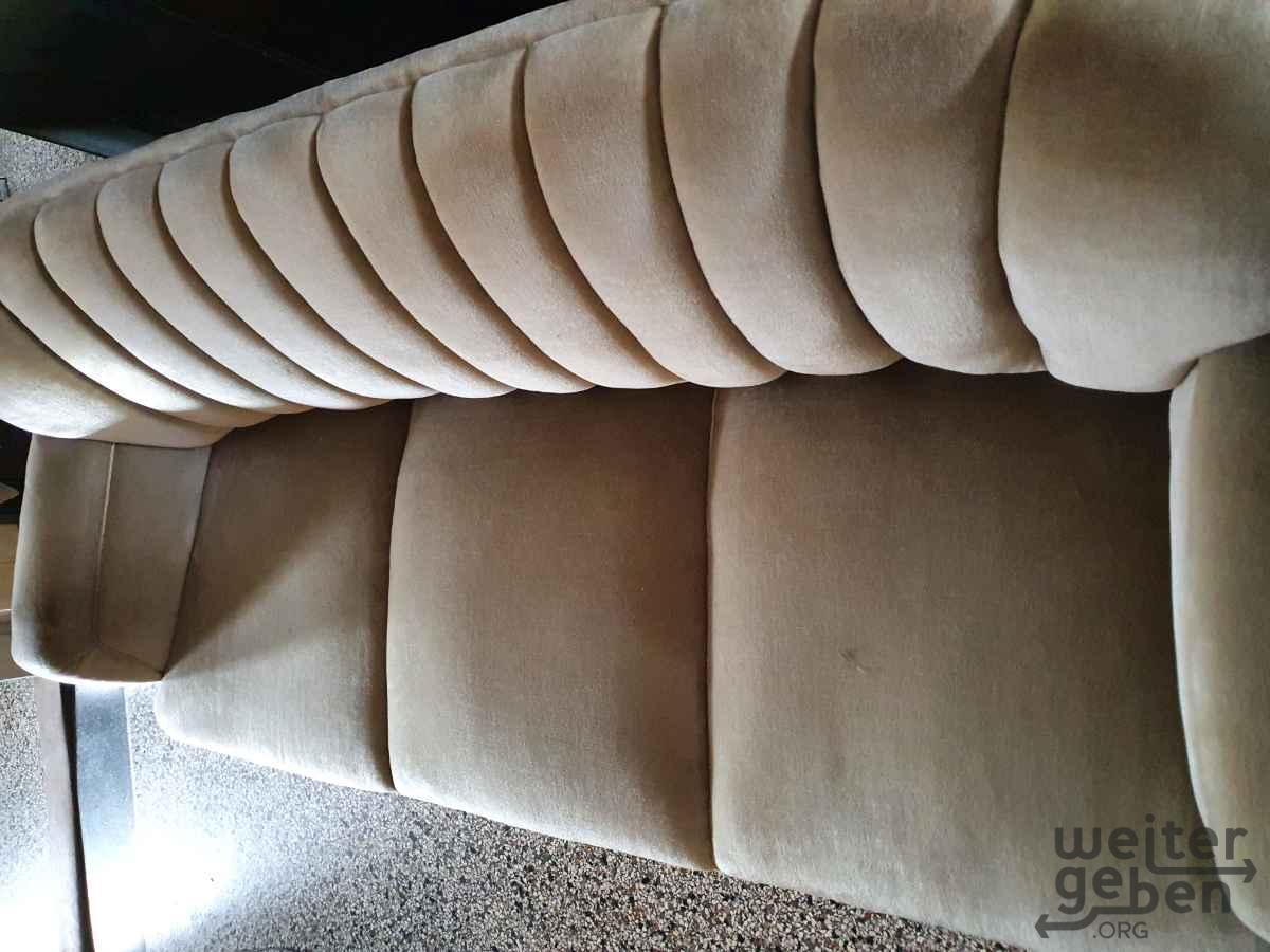 Sofa in Pohle