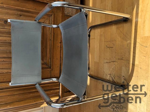 Stühle, Tische, Schränke in Berlin