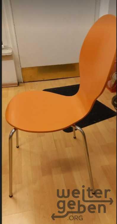 stapelbar Stühle in Wiesbaden