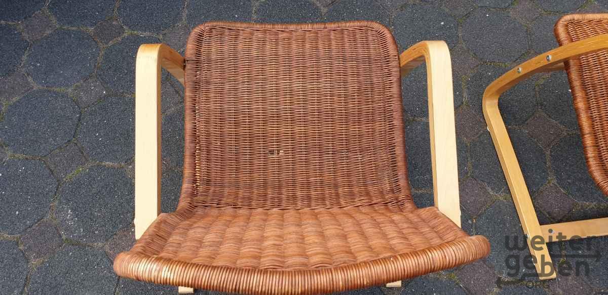 Stühle Flechtstühle Wippstühle in Leichlingen