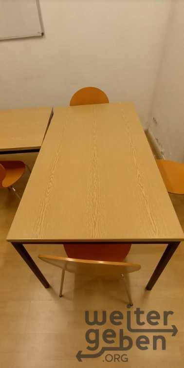 stabile Tische in Wiesbaden