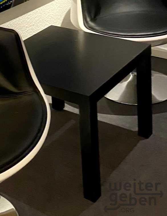 Tisch klein in München