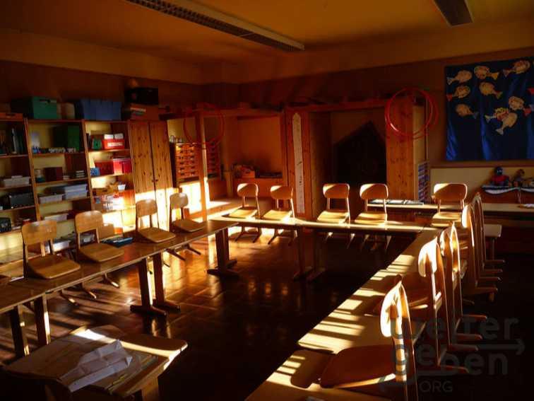 Schulmöbel Grundschule in Löwenstein